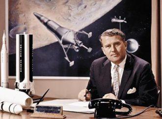 A lápide de von Braun, Coincidência?